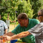Einweihung der Streuobstwiese mit Apfelsaft und Kirschen